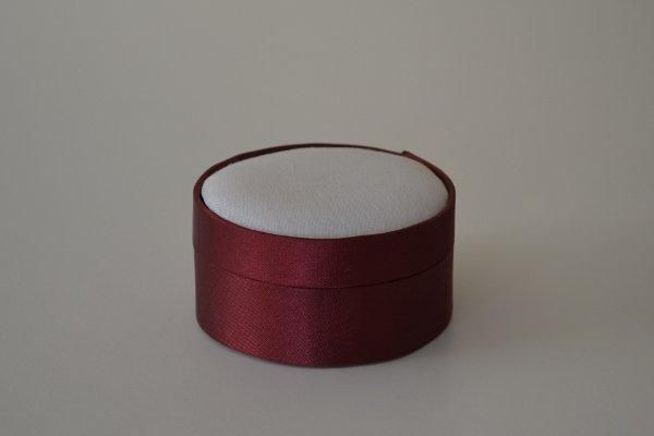SBSrnd.09 - Small Round - Wine - Satin covered and lined boxes make it so easy for you to create a special gift or precious keepsake. Embellish your fabric as you desire, cover the removable, padded lid with your worked fabric and replace into the box lid. The box measures 8.5cm in diameter.