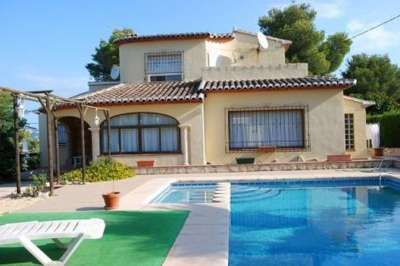 For sale large villa near Arenal beach Javea. The property has 4 bedrooms, 3 bathrooms, storage rooms, large living room with fireplace, with tosca stone arch and kitchen. On a flat plot of 1150 m2 the build is 230 m2 with swimming pool, terrace, BBQ and garden.  http://www.mypropertyhunter.com/search/javea-villa-near-arenal-beach-13567  Javea, Valencian Community, Spain - Property ID:13567 - MyPropertyHunter