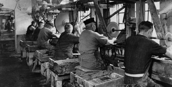 Holmegaard Glasværk - 200 års dansk industri- og designhistorie | Danmarks Borgcenter