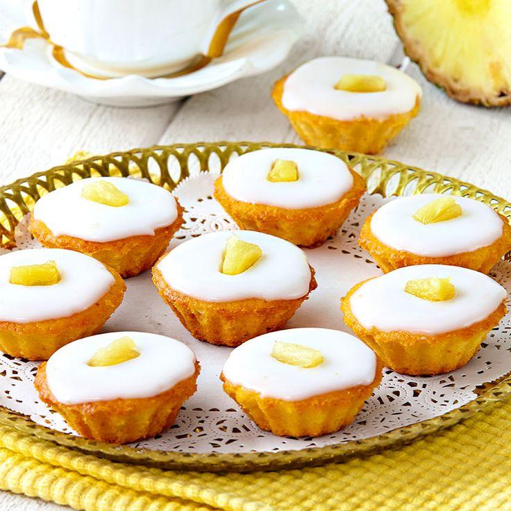 Små läckerbitar med ananas och god glasyr.