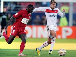 """Trois mois et demi après l'avoir éliminé en Coupe de la Ligue, les Dijonnais croisent de nouveau la route du PSG mercredi (19h00), en 8e de finale de la Coupe de France. Patrice Carteron croit en """"un nouvel exploit"""" de son équipe. Même si depuis ce 26 octobre, tant de choses ont changé."""