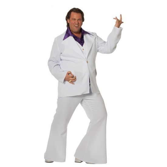 Grote maat wit disco pak voor heren. Dit witte disco fever pak bestaat uit een witte broek met wijde pijp, een witte gilet en een witte jas. Met dit pak staat u te schitteren op de dansvloer!