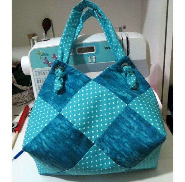 "Today I want you, together with me, to make an interesting ""sea"" bag of simple fabric squares."
