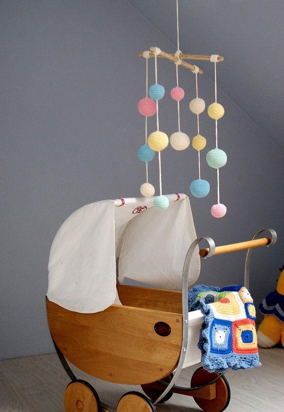 Mobile: Crochet Pastel Baby Mobile