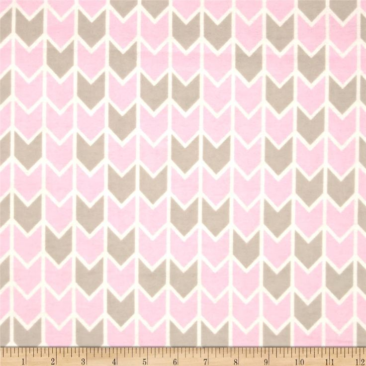Concord House Flannel Harper Down Arrows Pink from @fabricdotcom  From Springs Creative, this cotton print double napped (brushed on both sides) flannel is perfect for quilting, apparel and home decor accents. Colors include baby pink, white, and grey.