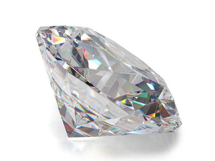 Tylko wyjątkowo wykonany szlif może sprawić, by światło przenikające przez #diament uwalniało jego wewnętrzny ogień.  Zdjęcie: bit.ly/1LuN8r7