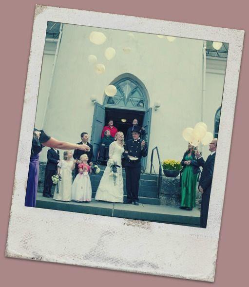 Just Married - ilmapallot ja helium. Hyvästit vanhalle sukunimelle :)