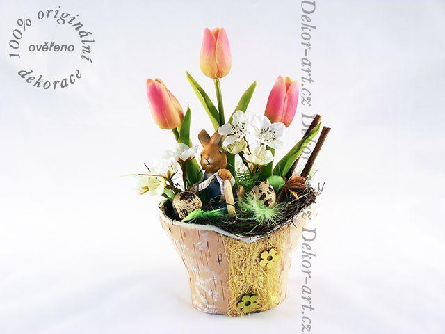 #Jarní #bytový #doplněk se zajíčkem a tulipány.