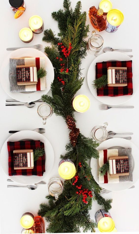 Simple Christmas tree branches for decorating your table