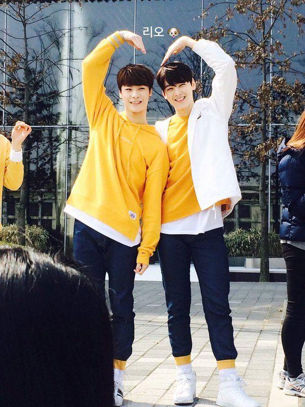 [19.03.16] Music Core Hi Touch Event - MoonBin e EunWoo
