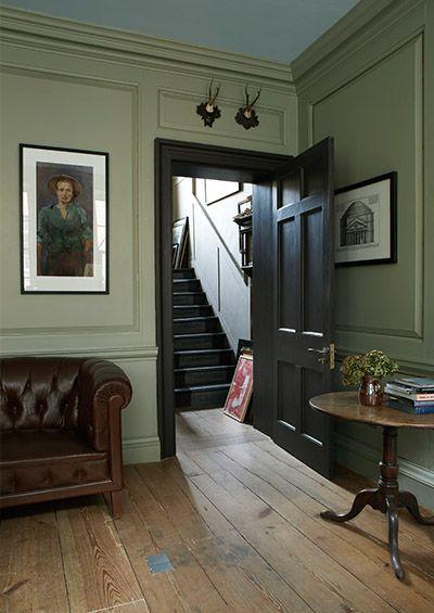 Living Room Farrow & Ball French Gray No.18 | Estate Eggshell http://www.tjross.co.uk/interior-wall-panels.php