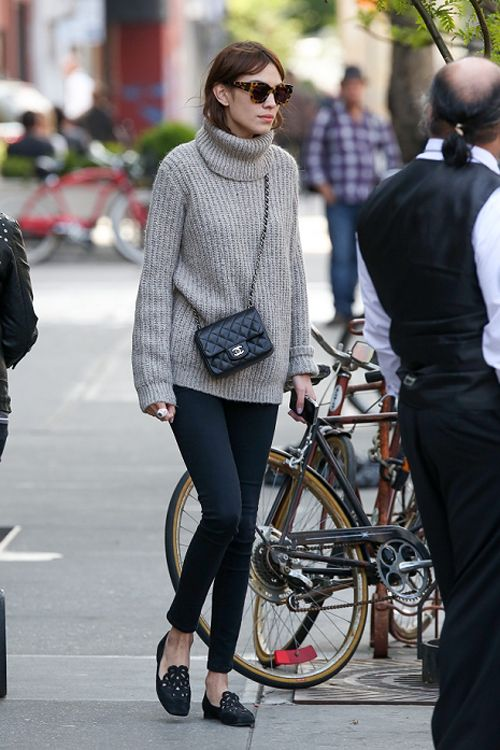 Love this outfit on Alexa Chung. #outfitinspiration #style