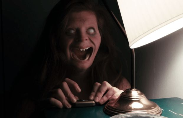 LIGHTS OUT - MOVIE TRAILER Did you like INSIDIOUS, or CONJURING ? The movie LIGHTS OUT is for you !