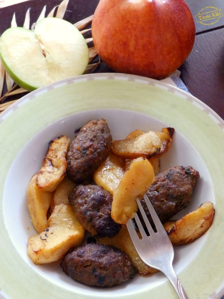 Tante Kiki: Χοιρινά σουτζουκάκια με μήλα από τη Λουιζιάνα