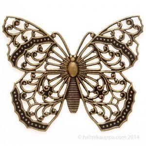Perhonen symboloi keveyttä, huolettomuutta, kauneutta, estetiikkaa ja muodonmuutosta.  Trinity Brass, filigree, perhonen, 48 x 40 mm [Filigree Butterfly], brass ox, F674-BOX  http://www.helmikauppa.com/trinity-brass-filigree-perhonen-filigree-butterfly-brass-p-10519.html
