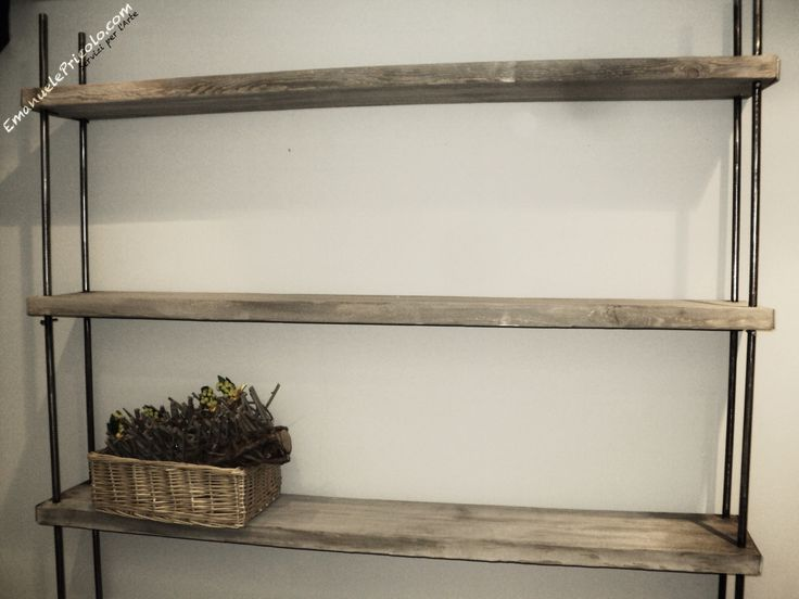 8 fantastiche immagini su librerie in legno e ferro su for Vecchie tavole legno