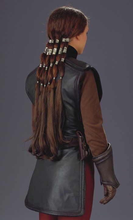 Padme (pilot) - Coruscant - Star Wars Episode II (I want that hair!)