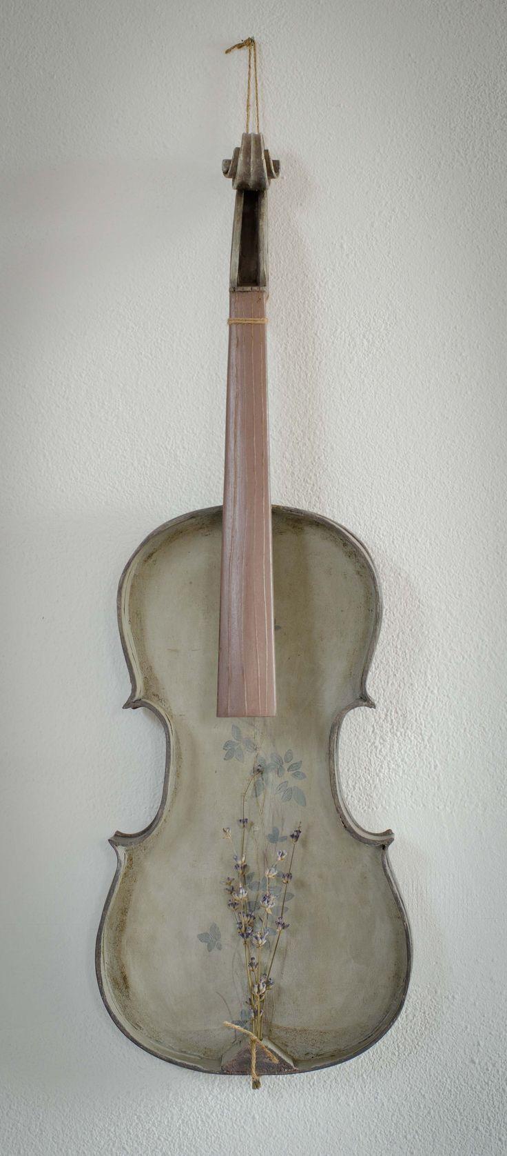 Old reinvented violin 2013