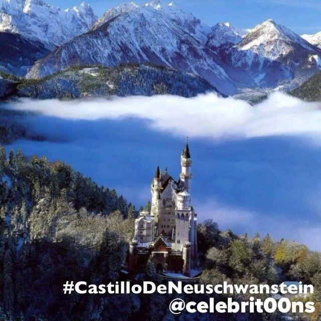 """#CastilloDeNeuschwanstein #Germany #Alemania #Europa #Europe #ILoveTheWorld #Finalista #7MaravillasDelMundo  El Castillo de Neuschwanstein (en español:…"""