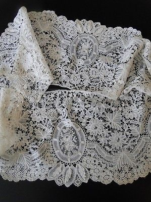 ANTIQUE LACE-BRUSSELS LACE FLOUNCEW/POINT DE GAZE