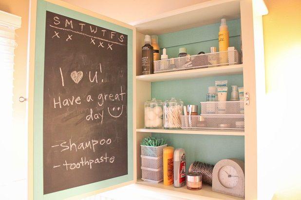 love this idea.: The Doors, House Ideas, Chalkboards Paintings, Love Note, Bathroom Ideas, Medicine Cabinets, Great Ideas, Diy, Bathroom Cabinets