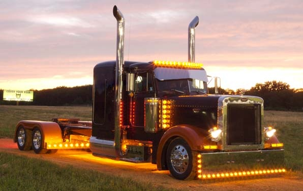 Peterbilt Factory Denton Texas - Chrome Shop Mafia - The Paddy Wagon