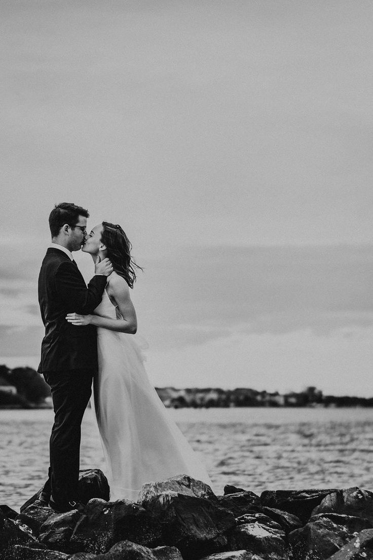 romantic-elopement-photos-melissa-bliss-photography-norfolk-virginia-beach-wedding-photographer.jpg