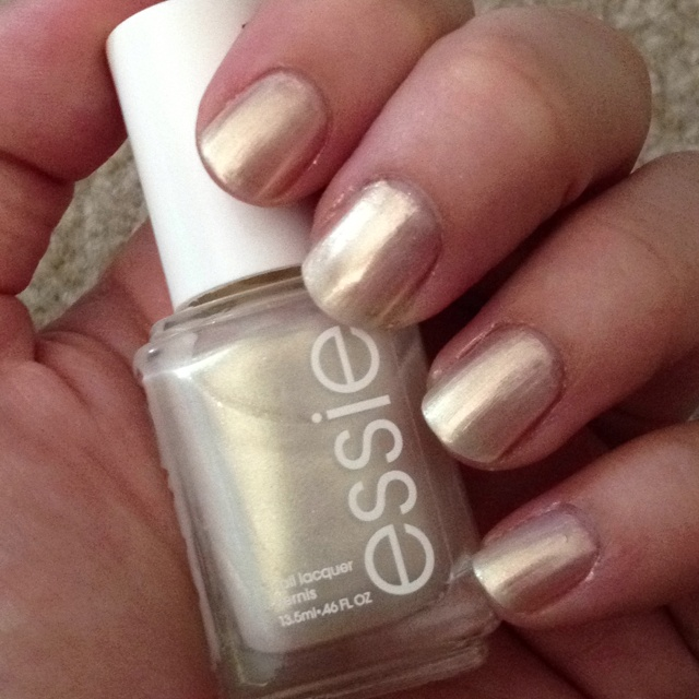 show-me-the-ring-essie