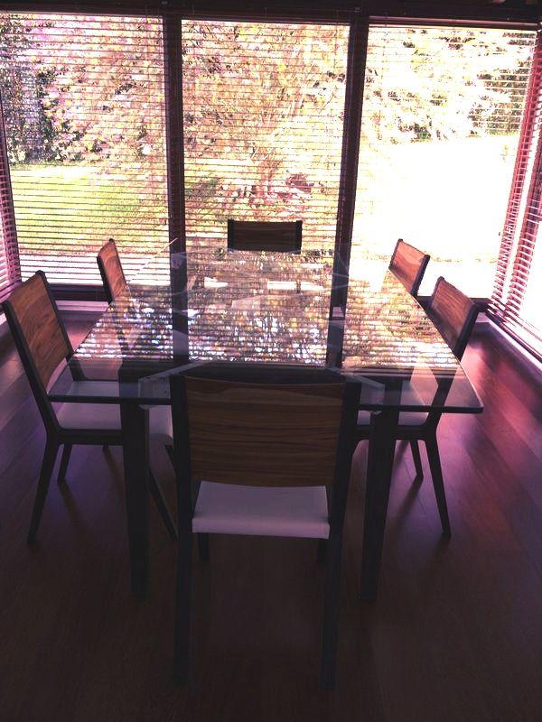 Nuestro comedor Tangram en un lindo contraste.   Para conocer más sobre nuestros productos te invitamos a conocer www.unodot.com