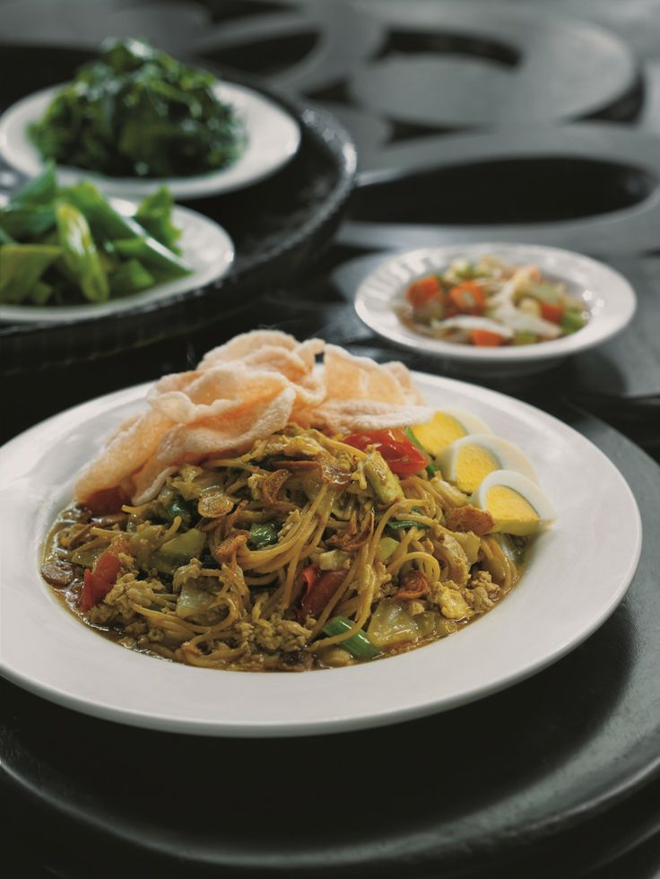 Craving for Indonesian cuisine? Try Mie Tek Tek at Kafe Betawi. It will satisfy your taste bud