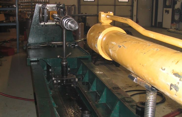 For emergency hydraulic repairs our expert technicians are available 24 hours, seven days per week. Our service team's service vehicles are site ready and fully equipped to conduct hydraulic repairs. #HydraulicRepairs http://www.hydrauliccylinderrepairs.com.au/
