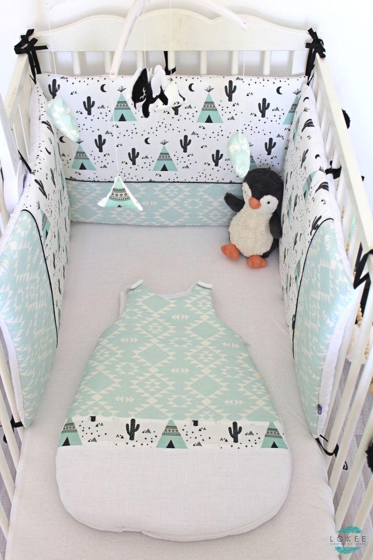 Exemple chambre réalisée : tour de lit, gigoteuse, guirlande, mobile musical bébé