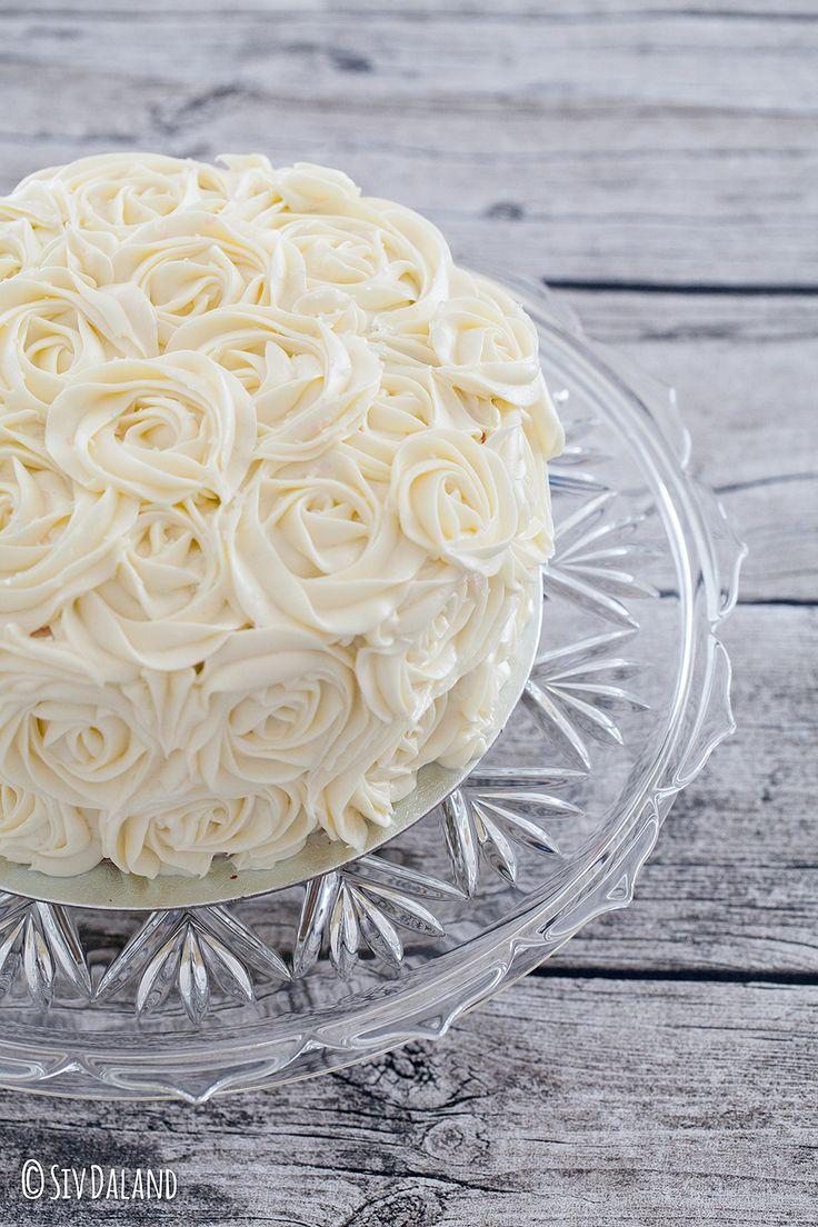 I dag har min kjære samboer bursdag ♥♥♥. På menyen stod italiensk pizza og Red Velvet-kake, noe som falt i smak hos både store og små i huset. Jeg har laget Red Velvet-kake før, men personlig synes…
