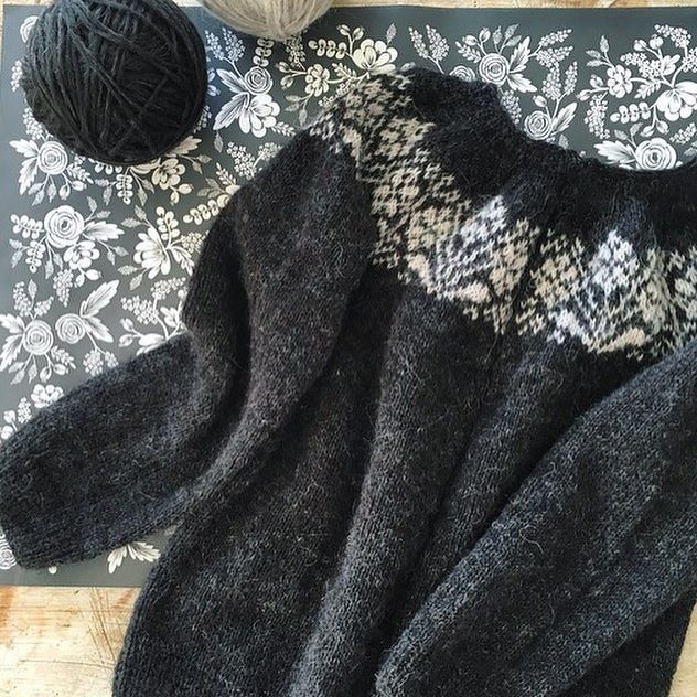 ...Ryðrauð has been my constant camping companion {black plötulopi required a headlamp most of the time!} this wildflower inspired soon to be cardigan just needs a steek and buttons... ❁ ✼ ❈ Pattern ❁ Ryðrauð by Steinunn Birna Guðjónsdóttir {on ravelry} Plötulopi ❁ Black Sheep Heather + Ivory Beige