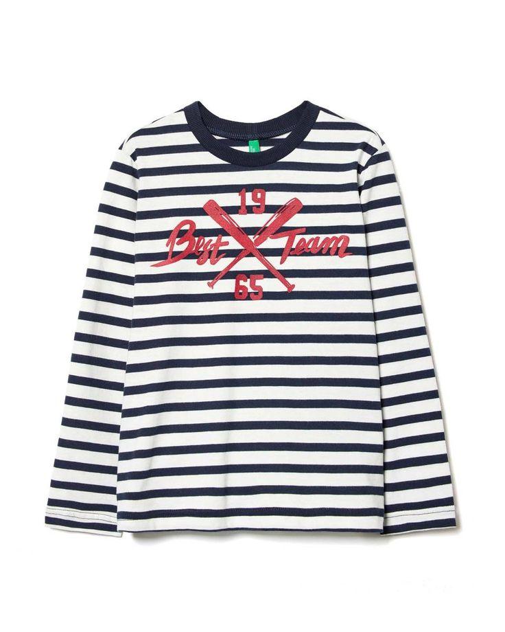 Camiseta con parches, Blanco - Descubre la nueva colección y haz tus compras en la web benetton.com. Envíos gratuitos con más de 50 €.