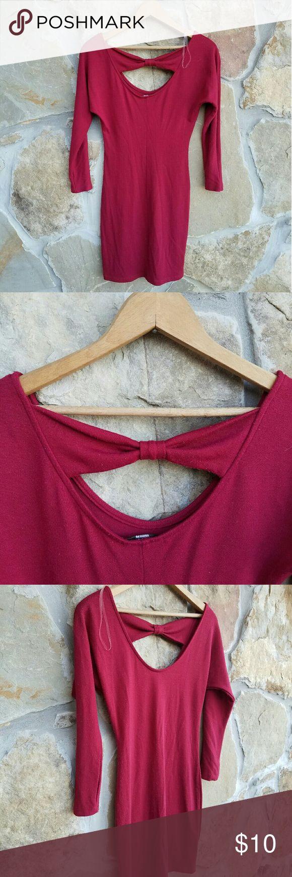 Body con dress Preloved  Conditon  Small body con dress by Soprano. Cloth cotton material. Soprano Dresses Mini