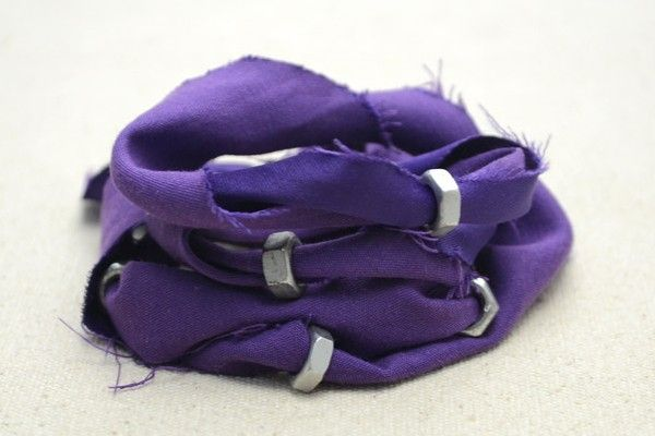 how to make recycled bracelets