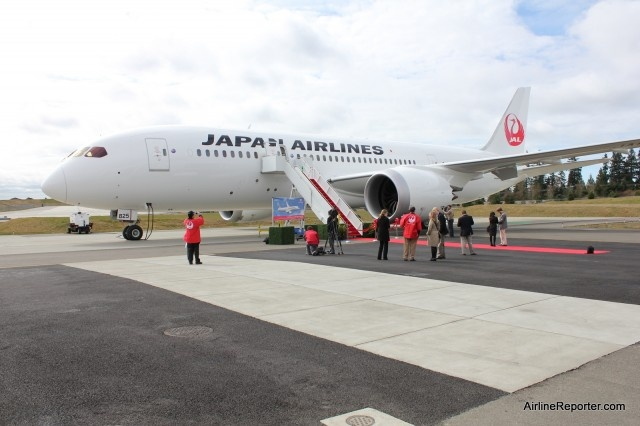 JAL takes delivery of its first two Boeing 787 Dreamliners