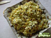Pieczarkowa sałatka z ryżem i ogórkami