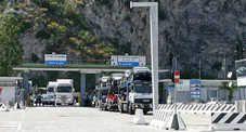 Ventiduemila chili di rifiuti speciali: maxi-sequestro al porto di Salerno #fb