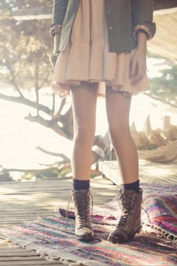 Dress and boots. Love this !!!!!!