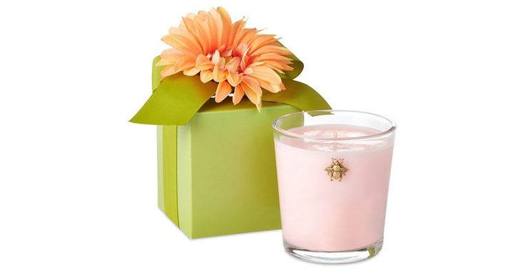 You'll want to have a spring fling with this  fragrant candle, boasting glorious notes inspired by the blooming hillsides of Provence. Comes perfectly packaged in a floral gift box.Romantic,...