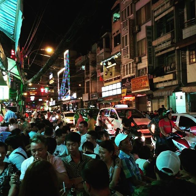 Only one minute walk from our place and we are in the middle of this loud and bustling street! Saigon goes crazy every single night. The best entertainment is to sit on the plastic chairs, grab a beer and see what's going on around 🍻 #saigon #hochiminhcity #party #street #beer #vietnam  #nomad #nomadlife #traveler #backpacker #travel #moments #explore #instatravel #travelgram #travelasia #traveladdict #wanderlust #travelbloggers #aasia #matkablogi