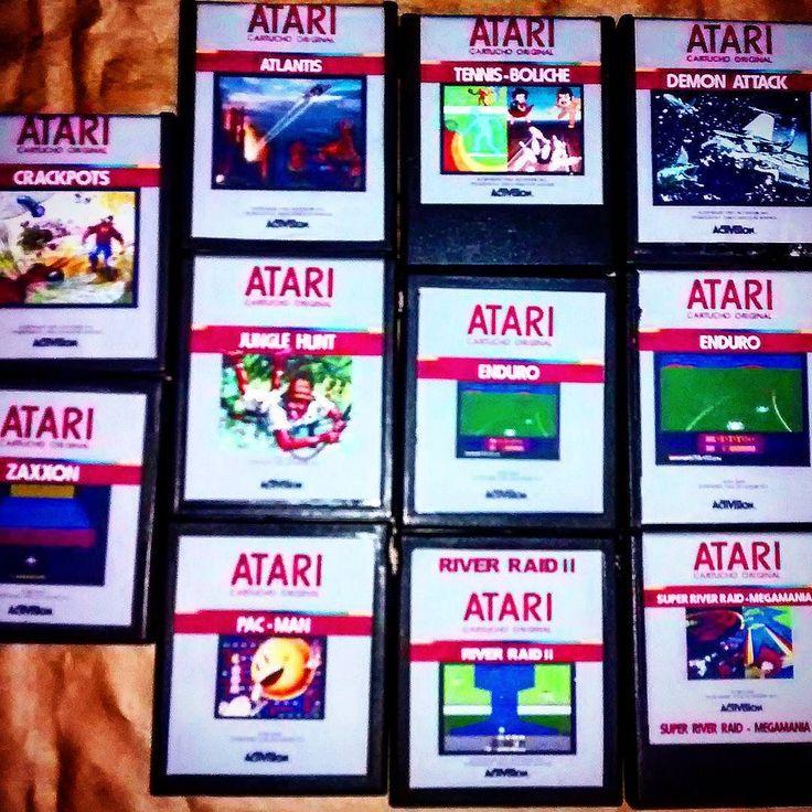 On instagram by guilhermepaluch #atari2600 #microhobbit (o) http://ift.tt/1RtO867 prazer de restaurar cartuchos que fizeram parte de minha infância.... Horas lavando carcaças limpando chips e placas todo cuidado com a ferrugem que habitava eles desde 1980 milimetricamente fazer cada arte no photoshop recortar com o melhor estilete e melhor régua l eis que os cartuchos de Atari 2600 estão restaurados e durarão anos e anos. Agradeço a @jaquejacques  pelo meu melhor presente de natal e a meu…