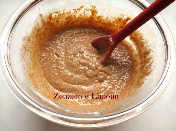 La crema agli amaretti è una golosa crema ideale per farcire torte semplici e pan di spagna. Si prepara in poche mosse ed è facilissima