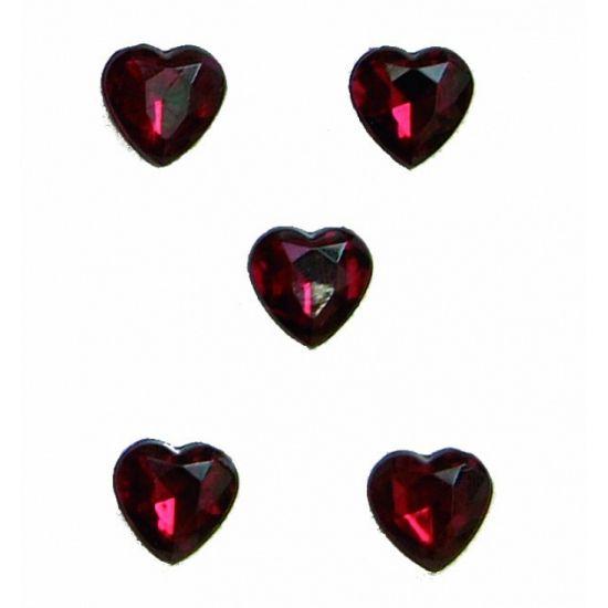 Rode hartjes diamanten 20 stuks. Een doosje met 20 stuks rood gekleurde diamanten in hartvorm. De hartjes diamanten zijn ongeveer 1 cm groot.