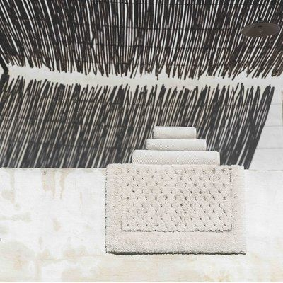 The St. Pierre Home Fashion Collection Graccioza Bio Luxury Linen Waffle Bath Mat Size: Medium