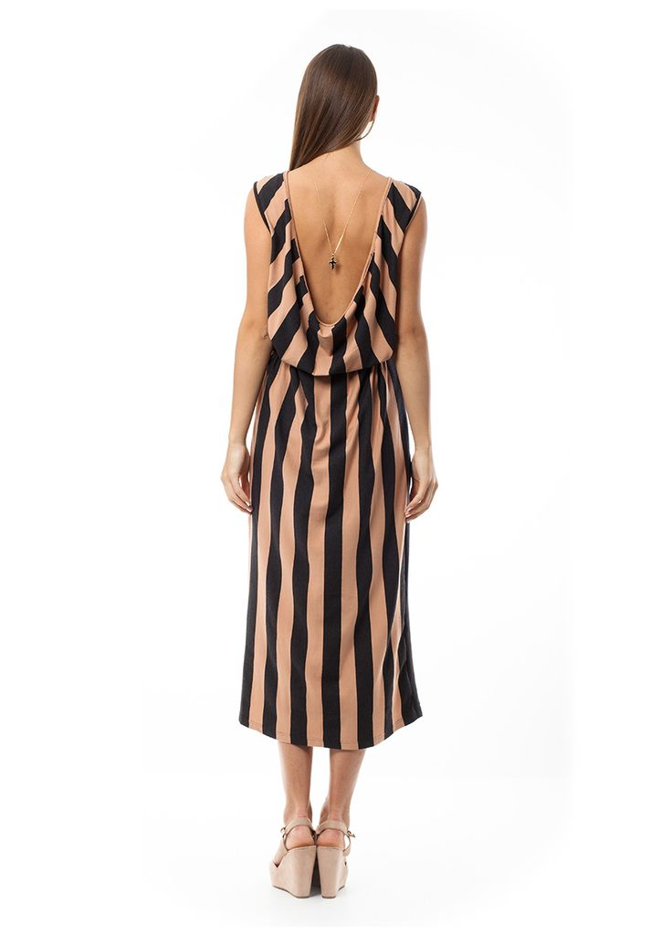 Maxi dress with drape back. Find it online at www.disu.gr