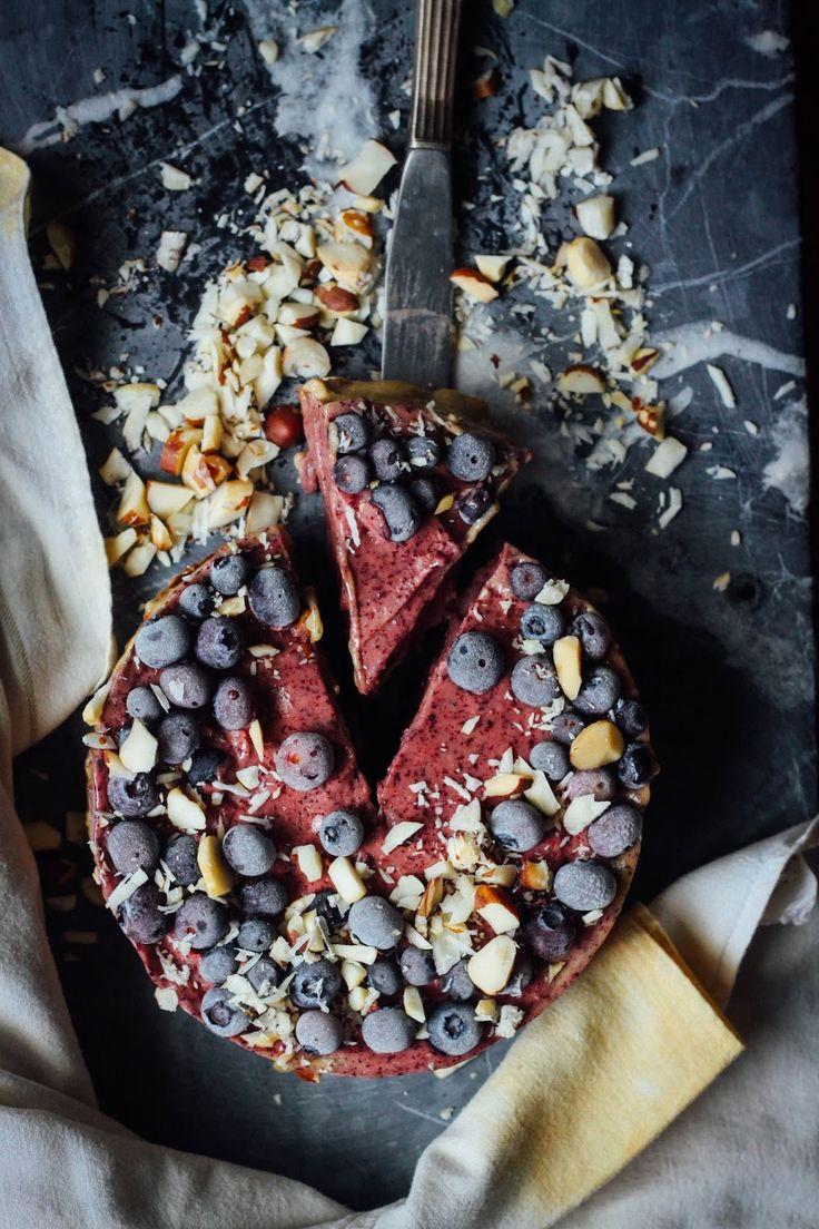 This Rawsome Vegan Life: BLUEBERRY BANANA ICE CREAM CAKE with GINGER + CAROB