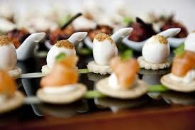 Selection of our popular #canapes options. Here you can see our Smoked salmon blini, dill cream cheese and salmon caviar alongside the Poached quail's egg with wilted spinach and Hollandaise sauce. #gallopinggourmet #wedding @GGWeddings